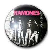 BADGE RAMONES (ROCKET TO RUSSIA)