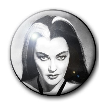 BADGE LILY MUNSTER