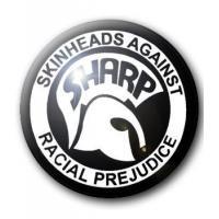 BADGE SKINHEADS AGAINST RACIAL PREJUDICE - SHARP (1)