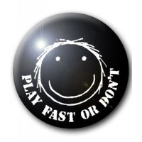 BADGE ELECTRO HIPPIES - PLAY FAST OR DON'T